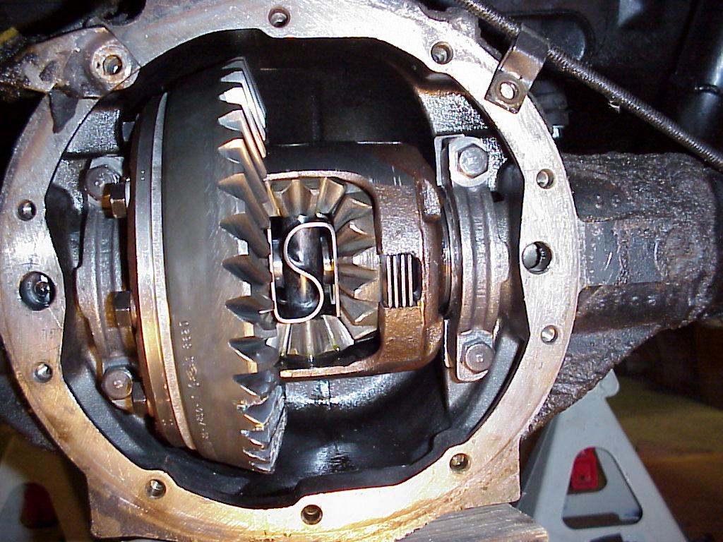 Broken Bolt Removal >> 2QuickNovas.com - Rearend Gear Installation